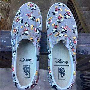 Men's 13 Mickey Disney Vans